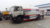 China Supplier 10 Cbm Bobtail Tanker LPG Bobtail Truck