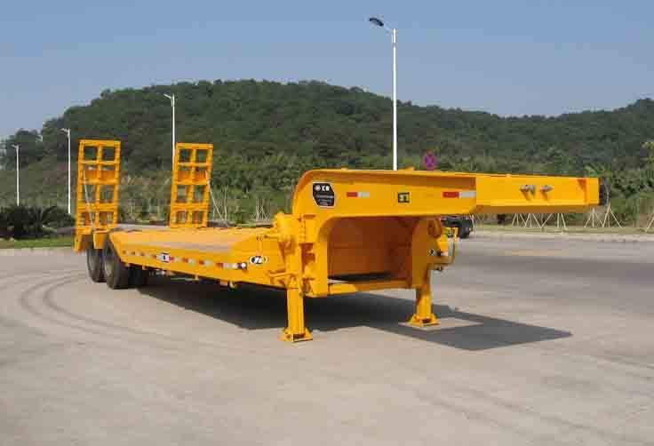 Factory 3 axles 50 tons heavy duty Low flatbed semi trailer for sale