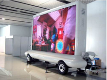 Traction Type Dual Sided P6 LED Advertising Cart Trailer