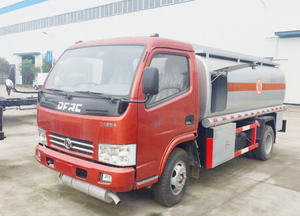 95HP 5000liter 1000gallon 7cbm 10cbm 2000gallon Fuel Refilling Tank Truck Lorry with Filling Dispenser