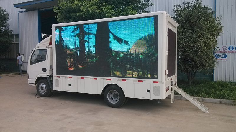 Light Duty 4X2 P6 Mobile Billboard Outdoor LED Advertisement Truck